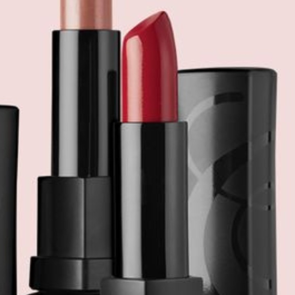 beauticontrol Other - Beauticontrol Hydrating Lip Color - XOXO
